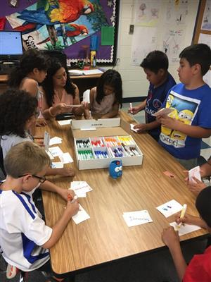 Students working in dual language program